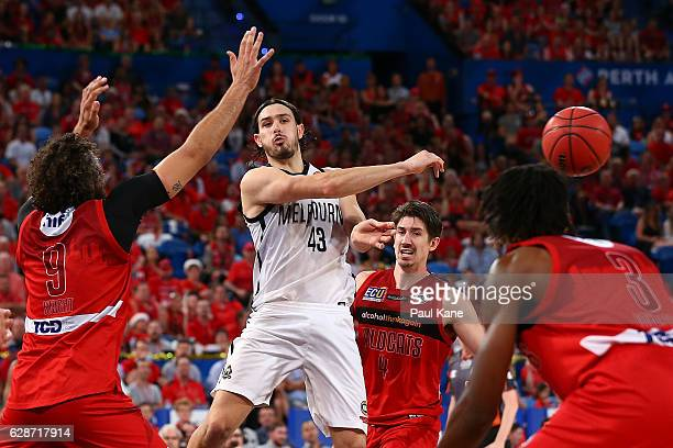 Chris Goulding of United passes the ball during the round 10 NBL match between the Perth Wildcats and Melbourne United at Perth Arena on December 9...