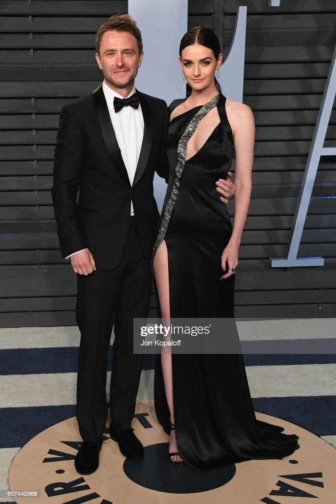 Chris Hardwick (L) and Lydia Hearst attend the 2018 Vanity Fair Oscar Party hosted by Radhika Jones at Wallis Annenberg Center for the Performing Arts on March 4, 2018 in Beverly Hills, California.