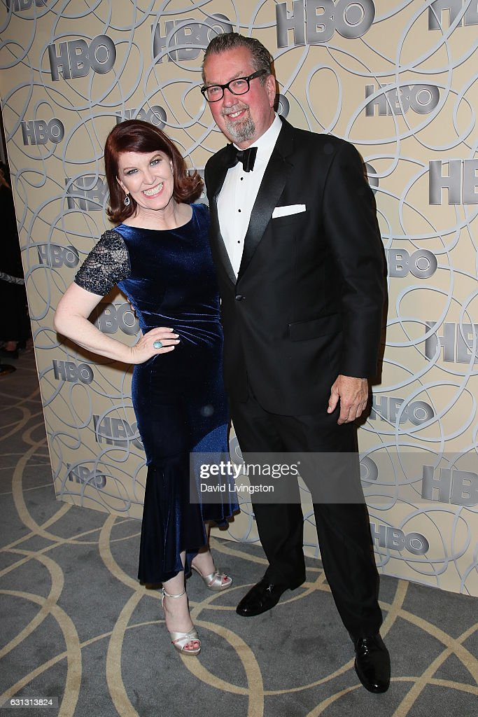 Chris Haston and Kate Flannery arrive at HBO's Official Golden Globe Awards after party at the Circa 55 Restaurant on January 8, 2017 in Los Angeles, California.