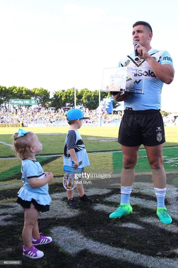 Chris Heighington of the Sharks addresses the crowd following his 300th first grade match during the round five NRL match between the Cronulla Sharks and the Newcastle Knights at Southern Cross Group Stadium on April 1, 2017 in Sydney, Australia.
