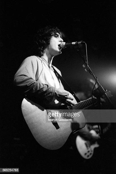 Chris Helme of The Seahorses performs on stage United Kingdom 1997