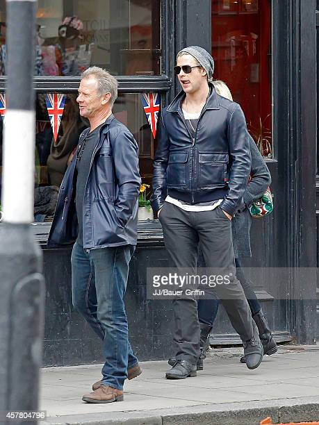 Chris Hemsworth and his parents Craig and Leonie Hemsworth are seen on May 10, 2012 in London, United Kingdom.