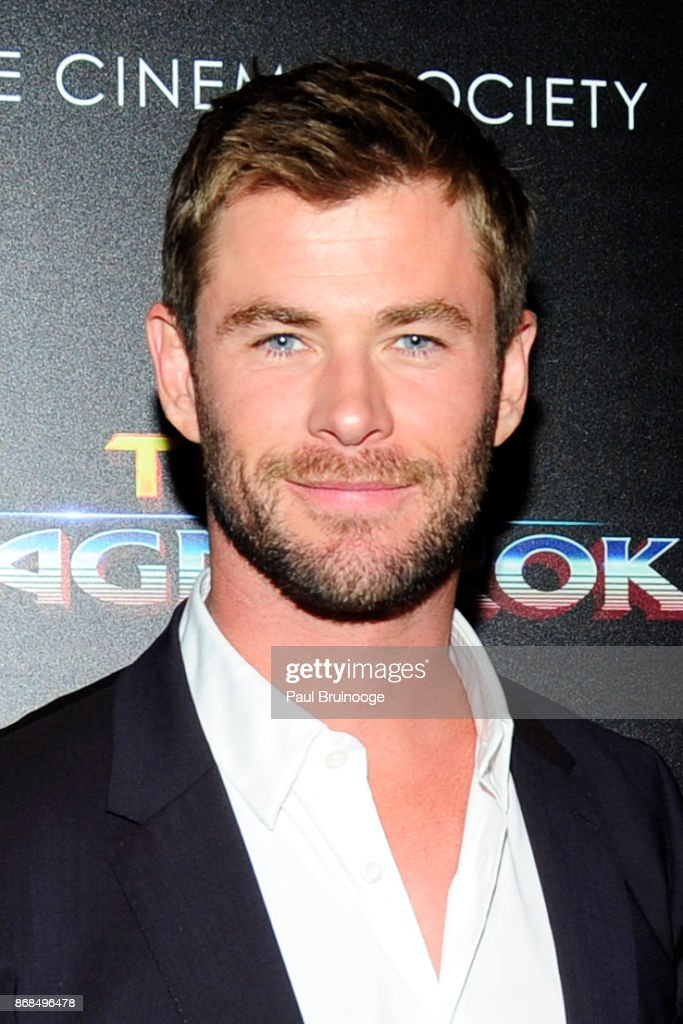 Chris Hemsworth attends The Cinema Society with FIJI Water, Men's Journal, and Synchrony host a screening of Marvel Studios' 'Thor: Ragnarok' at the Whitby Hotel on October 30, 2017 in New York City.