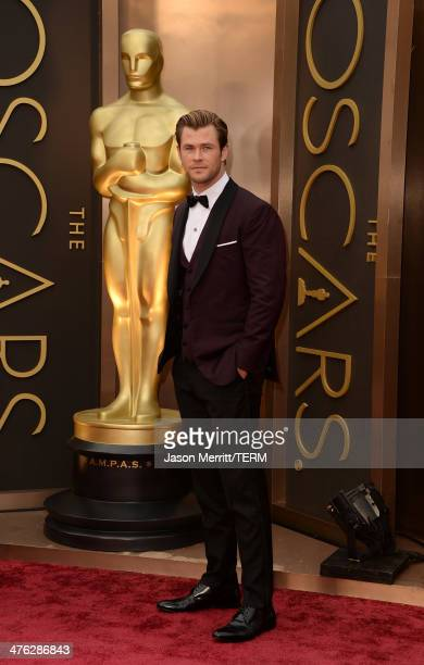 Chris Hemsworth attends the Oscars held at Hollywood Highland Center on March 2 2014 in Hollywood California