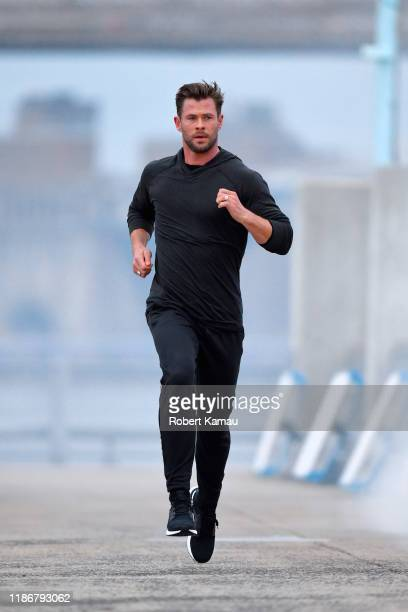 Chris Hemsworth seen in Brooklyn jogging at a photoshoot on December 6 2019 in New York City