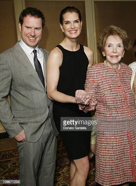 Chris Henchy, Brooke Shields and Nancy Reagan during Saks Fifth Avenue Presents Oscar De La Renta Fall 2007 Collection at The Colleagues Annual...