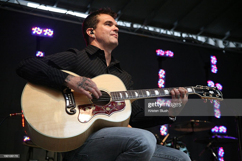 Chris Henderson of 3 Doors Down performs during u0027FOX u0026 Friendsu0027 All American Concert  sc 1 st  Getty Images & chris-henderson-of-3-doors-down -performs-during-fox-friends-all-at-picture-id150105170
