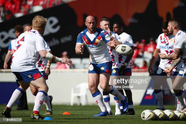 Chris Hill of Great Britain warms up with the team during the International Rugby League Test Match between the New Zealand Kiwis and the Great...