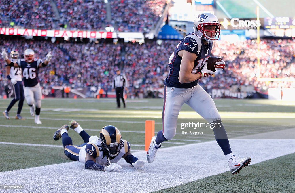 Los Angeles Rams v New England Patriots