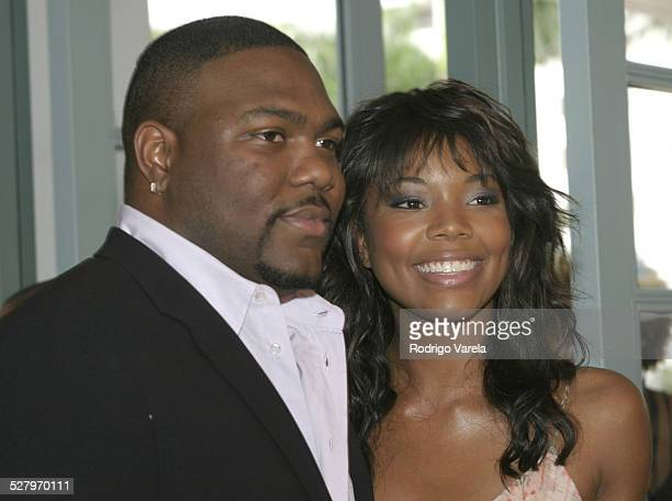 Chris Howard and Gabrielle Union during 2003 Film Live Movie Awards Red Carpet at Jackie Gleason Theater in Miami Beach Fl United States