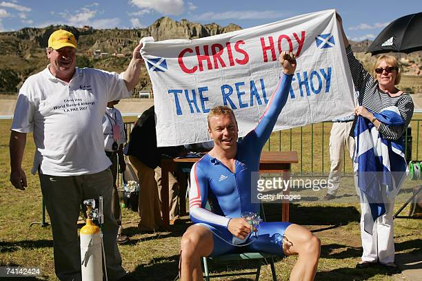 Chris Hoy of Great Britain celebrates breaking the World 500 Metre Altitude Record with his father David Hoy and mother Carol Hoy at the Alto Irpavi...