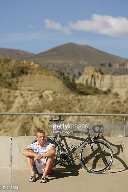 Chris Hoy of Great Britain reflects after breaking the World 500 Metre Altitude Record at the Alto Irpavi Velodrome May 13 2007 in La Paz Bolivia