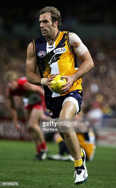 Chris Judd for the Eagles in action during the AFL second qualifying final between the West Coast Eagles and the Sydney Swans held at Subiaco Oval...