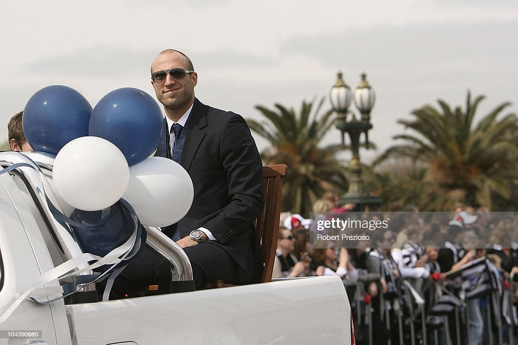 Chris Judd of Carlton Blues smiles during the AFL Grand Final Parade on September 24, 2010 in Melbourne, Australia.