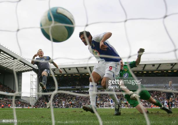 Chris Kirkland of Wigan Athletic is unable to stop Roque Santa Cruz of Blackburn Rovers scoring the opening goal during the Barclays Premier League...