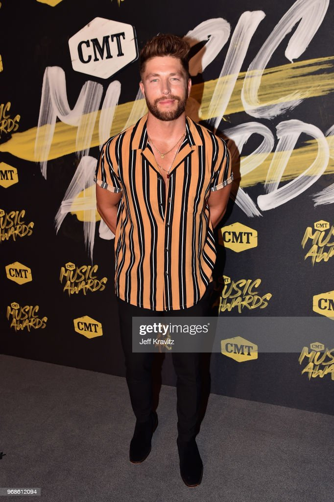 2018 CMT Music Awards - Red Carpet : News Photo