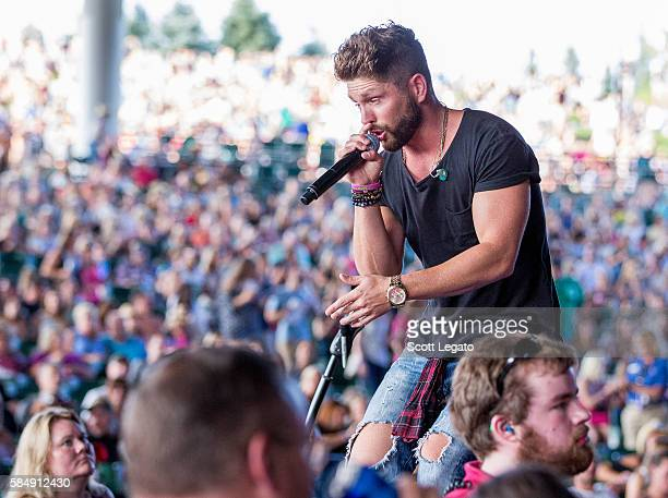 Chris Lane performs during the 995 WYCD Detroit Hoedown at DTE Energy Music Theater on July 31 2016 in Clarkston Michigan