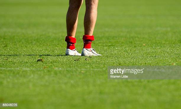 Chris Latham of Worcester with his trade mark socks around his ankles during the Guinness Premiership match between Bath Rugby and Worcester Warriors...