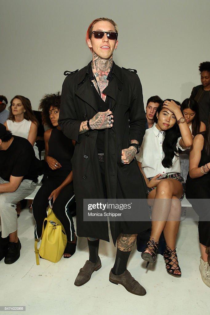 NY: General Idea - Front Row - New York Fashion Week: Men's S/S 2017