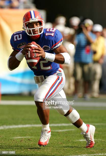 Chris Leak of the Florida Gators looks upfield to pass against the Iowa Hawkeyes during the Outback Bowl on January 2 2006 at Raymond James Stadium...