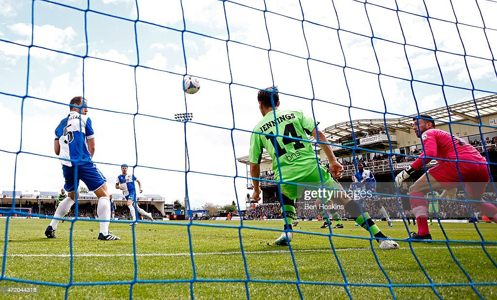 Chris Lines of Bristol (2nd L) scores the opening goal of the game during the Vanarama Football Conference League Play Off Semi Final Second Leg between Bristol Rovers and Forest Green Rovers at Memorial Stadium on May 3, 2015 in Bristol, England.