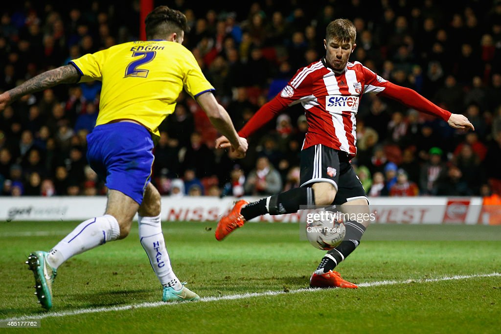 Chris Long of Brentford shapes to score his second goal during the Sky Bet Championship match between Brentford and Huddersfield Town at Griffin Park on March 3, 2015 in Brentford, England.