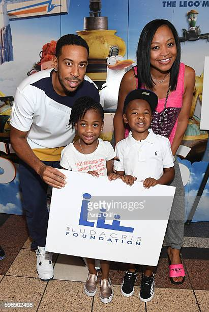 Chris 'Ludacris' Bridges Madeline Grace Smith Monyetta Shaw and Mason Evan Smith attend the 'Storks' private screening hosted by The Ludacris...