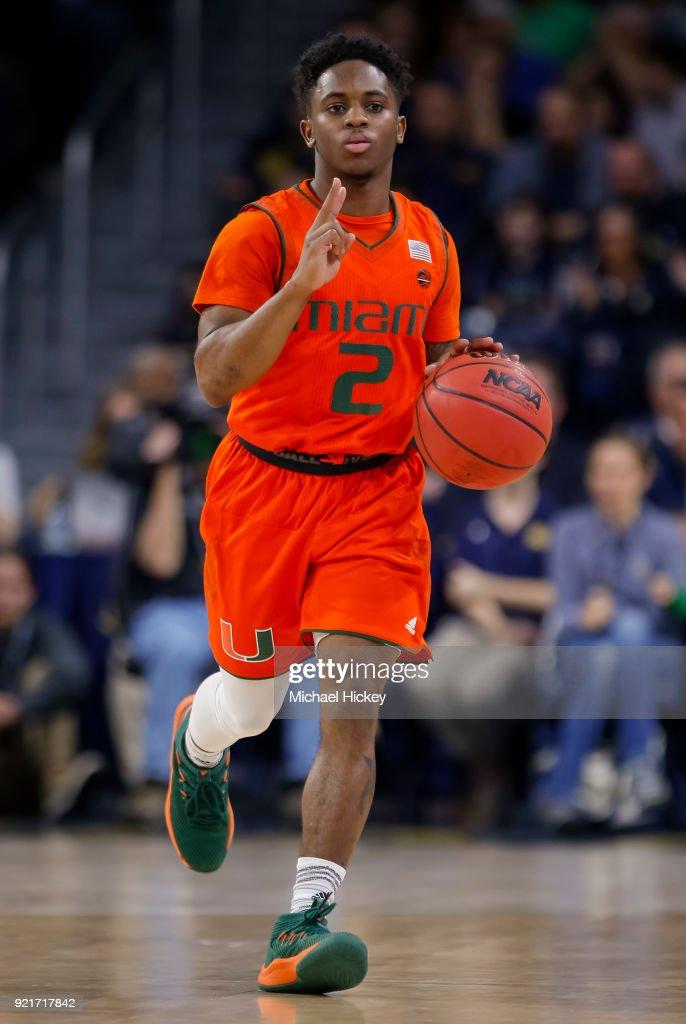 Miami v Notre Dame : Foto di attualità