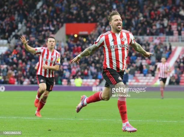 Chris Maguire of Sunderland celebrates scoring the second Sunderland goal during the Sky Bet League One match between Sunderland and Southend United...