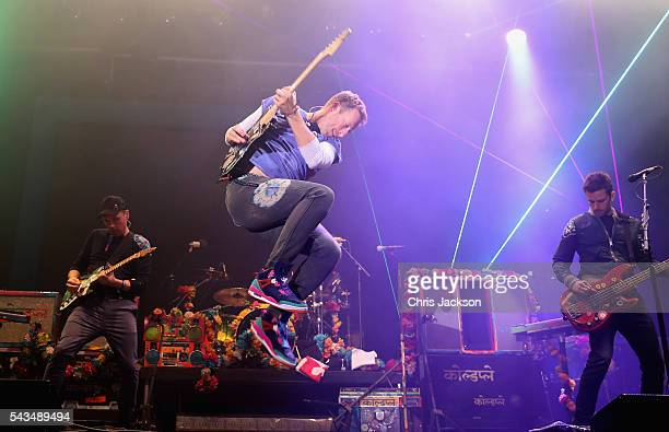 Chris Martin from Coldplay performs on stage during the Sentebale Concert at Kensington Palace on June 28, 2016 in London, England. Sentebale was...