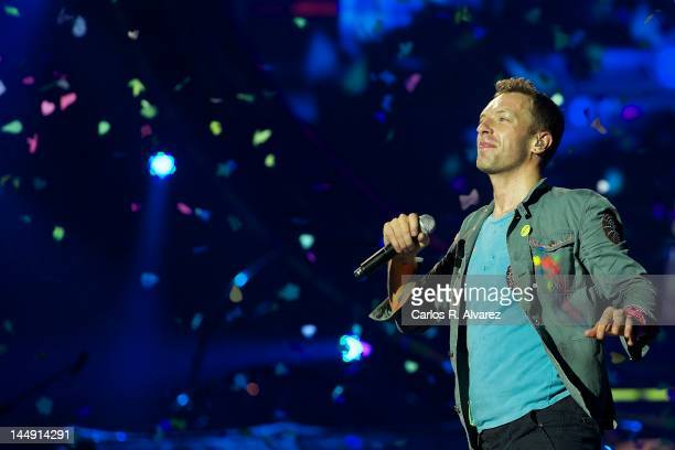 Chris Martin of Coldplay performs on stage at Vicente Calderon stadium on May 20 2012 in Madrid Spain