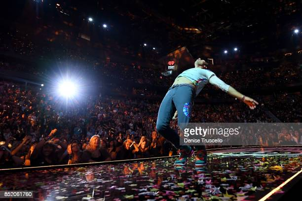 Chris Martin of music group Coldplay performs onstage during the 2017 iHeartRadio Music Festival at TMobile Arena on September 22 2017 in Las Vegas...