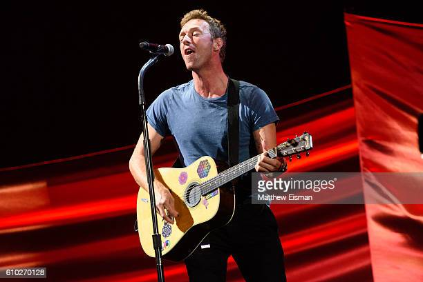 Chris Martin of the band Coldplay performs live on stage duirng Global Citizen Festival 2016 at Central Park on September 24 2016 in New York City