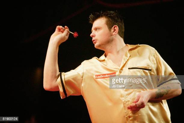 Chris Mason during the 2005 Ladbrokescom World Darts Championship at The Circus Tavern on December 29 2004 in Purfleet England