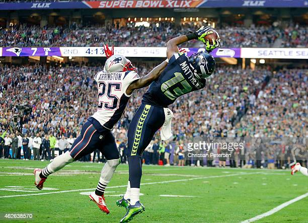 Chris Matthews of the Seattle Seahawks makes a catch against Kyle Arrington of the New England Patriots in the second quarter during Super Bowl XLIX...