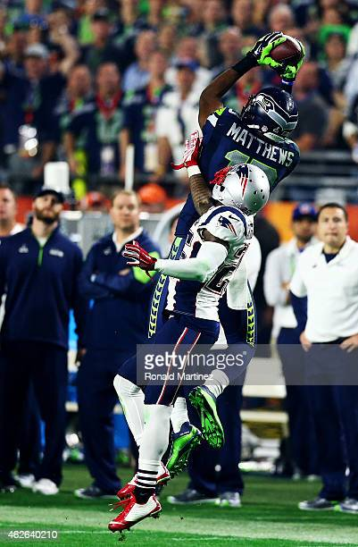 Chris Matthews of the Seattle Seahawks makes a catch against Kyle Arrington of the New England Patriots in the third quarter during Super Bowl XLIX...