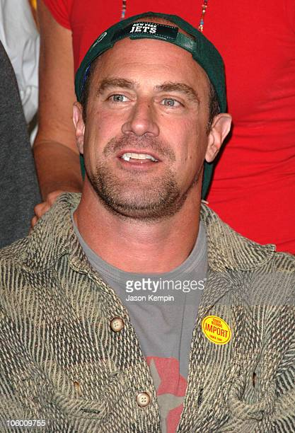 Chris Meloni during DVD Signing of the Sixth Season of HBO's 'OZ' September 5 2006 at Tower Records Lincoln Center in New York City New York United...
