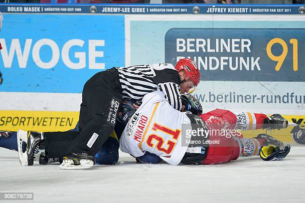 Chris Minard of the Duesseldorfer EG during the DEL game between the Eisbaeren Berlin and Duesseldorfer EG on January 22 2016 in Berlin Germany