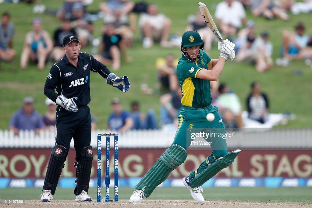New Zealand v South Africa - 4th ODI