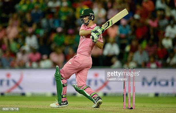 Chris Morris of South Africa bats during the 4th Momentum ODI between South Africa and England at Bidvest Wanderers Stadium on February 12 2016 in...