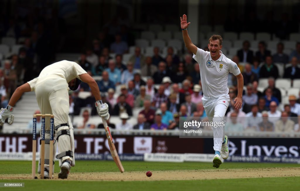 Chris Morris of South Africa claims LBW on England's Alastair Cook not given during the International Test Match Series Day One match between England and South Africa at The Kia Oval Ground in London on July 27, 2017