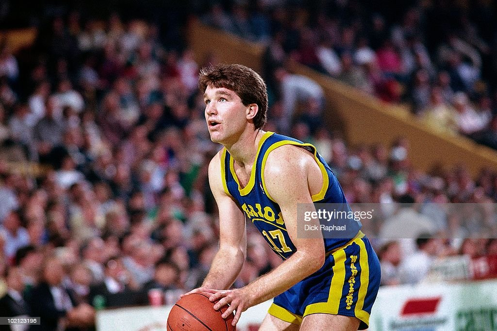 Chris Mullin #17 of the Golden State Warriors shoots against the Boston Celtics during a game played in 1987 at the Boston Garden in Boston, Massachusetts.