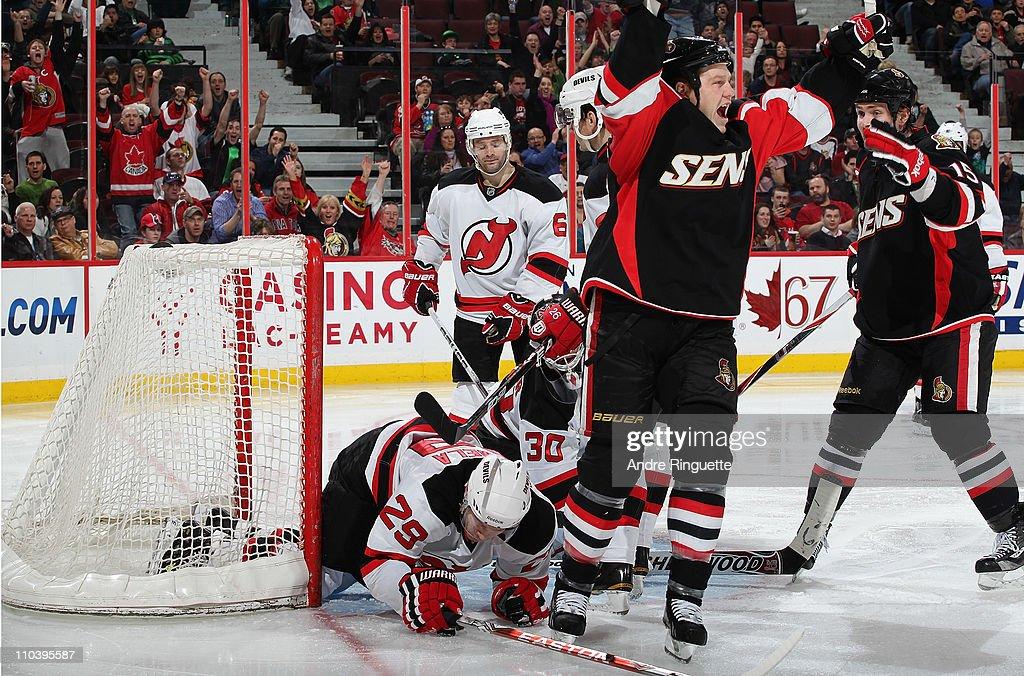 New Jersey Devils v Ottawa Senators : News Photo