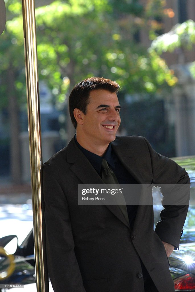 Chris Noth stands on Location for Sex and The City: The Movie on Fifth Avenue's Museum Mile, New York City, September 19 2007