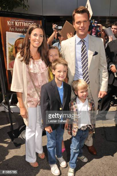Chris O'Donnell and guests attend the premiere of Kit Kittredge An American Girl at The Grove on June 14 2008 in Los Angeles California
