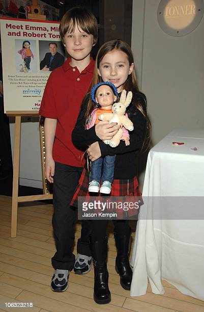 Chris O'Neil and Rhiannon Leigh Wryn during The Last Mimzy Doll Signing At FAO Schwarz March 19 2007 at FAO Schwarz in New York City New York United...