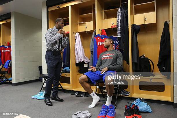 Chris Paul and Willie Green of the Los Angeles Clippers talk before the game against the Chicago Bulls on January 24 2014 at the United Center in...