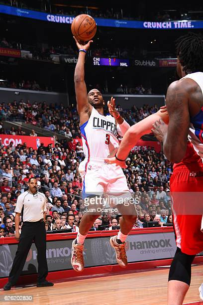 Chris Paul of the LA Clippers shoots the ball against the Portland Trail Blazers on November 09 2016 at STAPLES Center in Los Angeles California NOTE...
