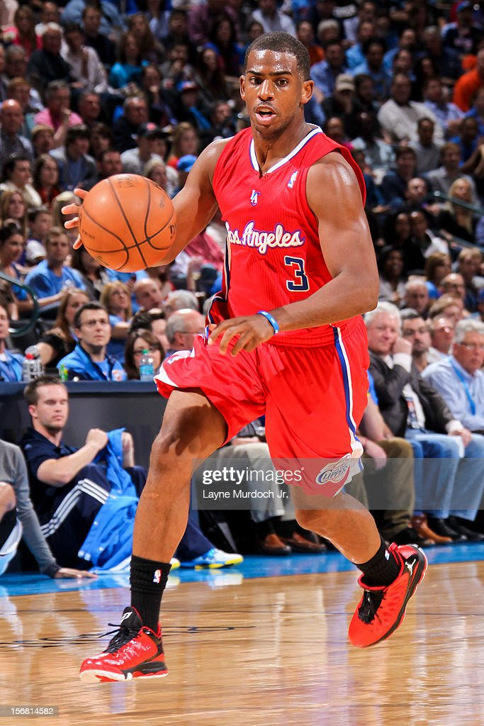 Chris Paul #3 of the Los Angeles Clippers drives against the Oklahoma City Thunder on November 21, 2012 at the Chesapeake Energy Arena in Oklahoma City, Oklahoma.