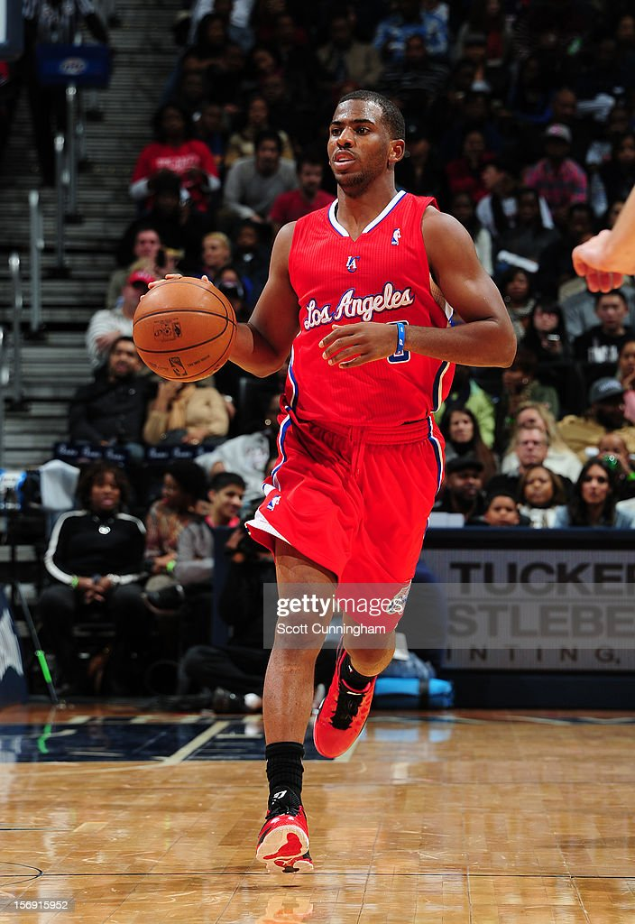Chris Paul #3 of the Los Angeles Clippers drives to the basket vs the Atlanta Hawks at Philips Arena on November 24, 2012 in Atlanta, Georgia.